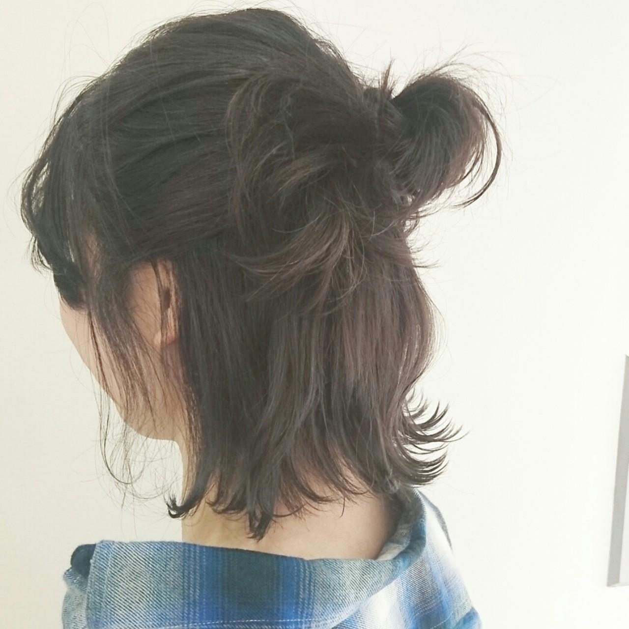 簡単ヘアアレンジ ナチュラル ボブ アッシュグレー ヘアスタイルや髪型の写真・画像   おつじ あすか / granze心斎橋店