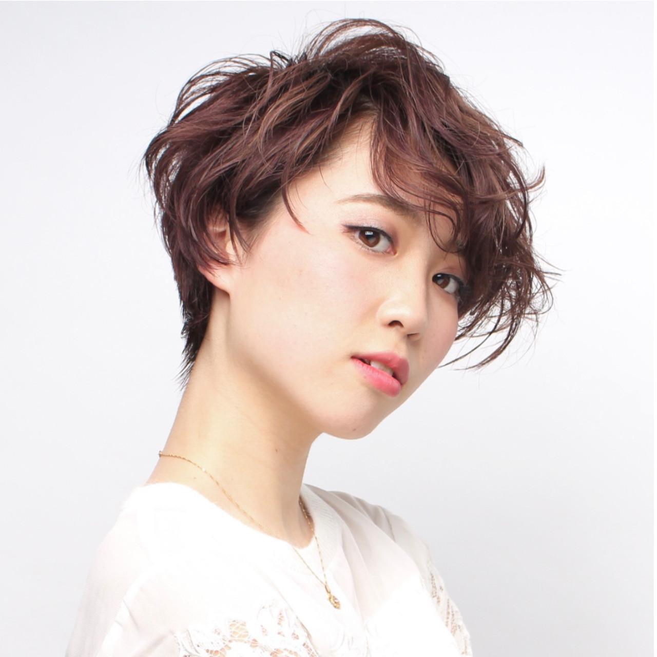ナチュラル ショートボブ 刈り上げ 横顔美人 ヘアスタイルや髪型の写真・画像 | 石井優弥 / 『 PEEK-A-BOO原宿 』