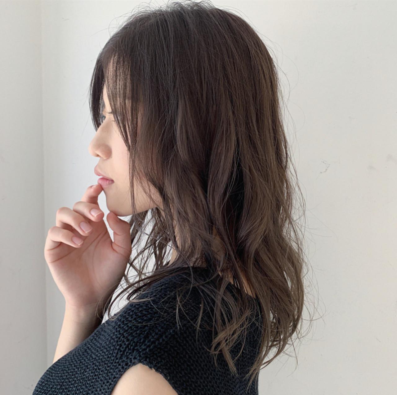 セミロング デート ナチュラル 大人ヘアスタイル ヘアスタイルや髪型の写真・画像 | 透明感セミロング/Hiroyuki_Kihara / Direction
