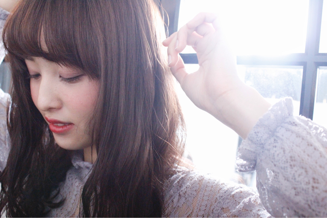 外国人風 ミルクティー パーマ セミロング ヘアスタイルや髪型の写真・画像   上田智久 / ooit 福岡 天神 / ooit