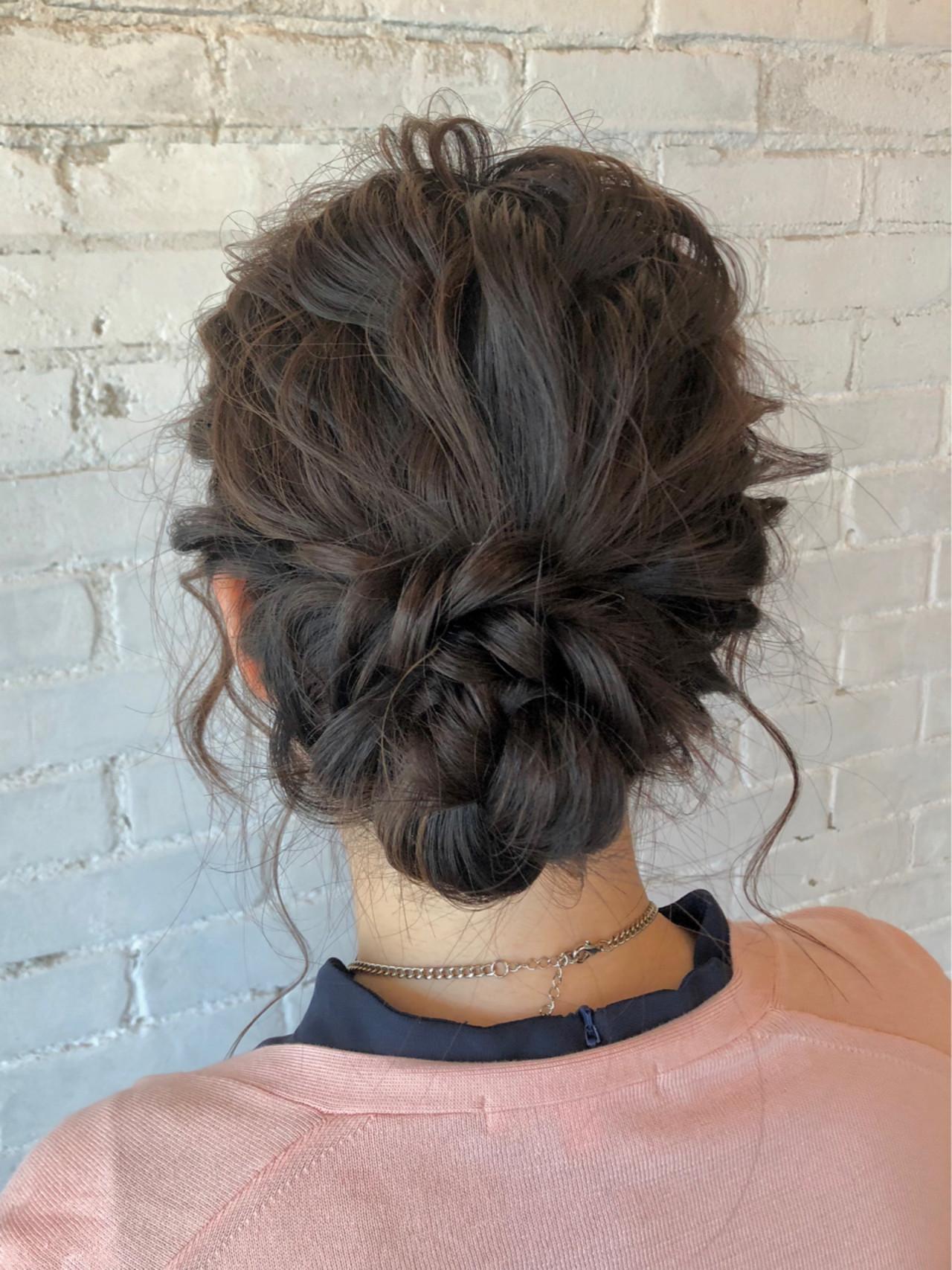 ヘアアレンジ 結婚式 シニヨン ゆるふわヘアスタイルや髪型の写真・画像