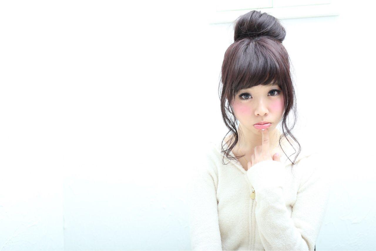 フェミニン ヘアアレンジ ナチュラル 大人かわいいヘアスタイルや髪型の写真・画像