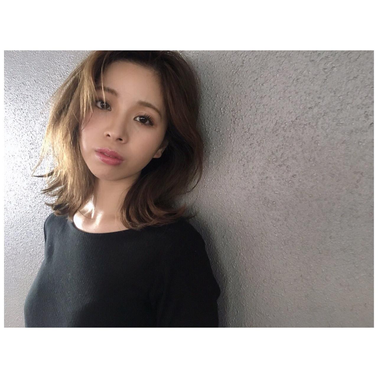 アッシュグレージュ グレージュ ナチュラル ミディアム ヘアスタイルや髪型の写真・画像 | Yumi Hiramatsu / Sourire Imaizumi【スーリール イマイズミ】