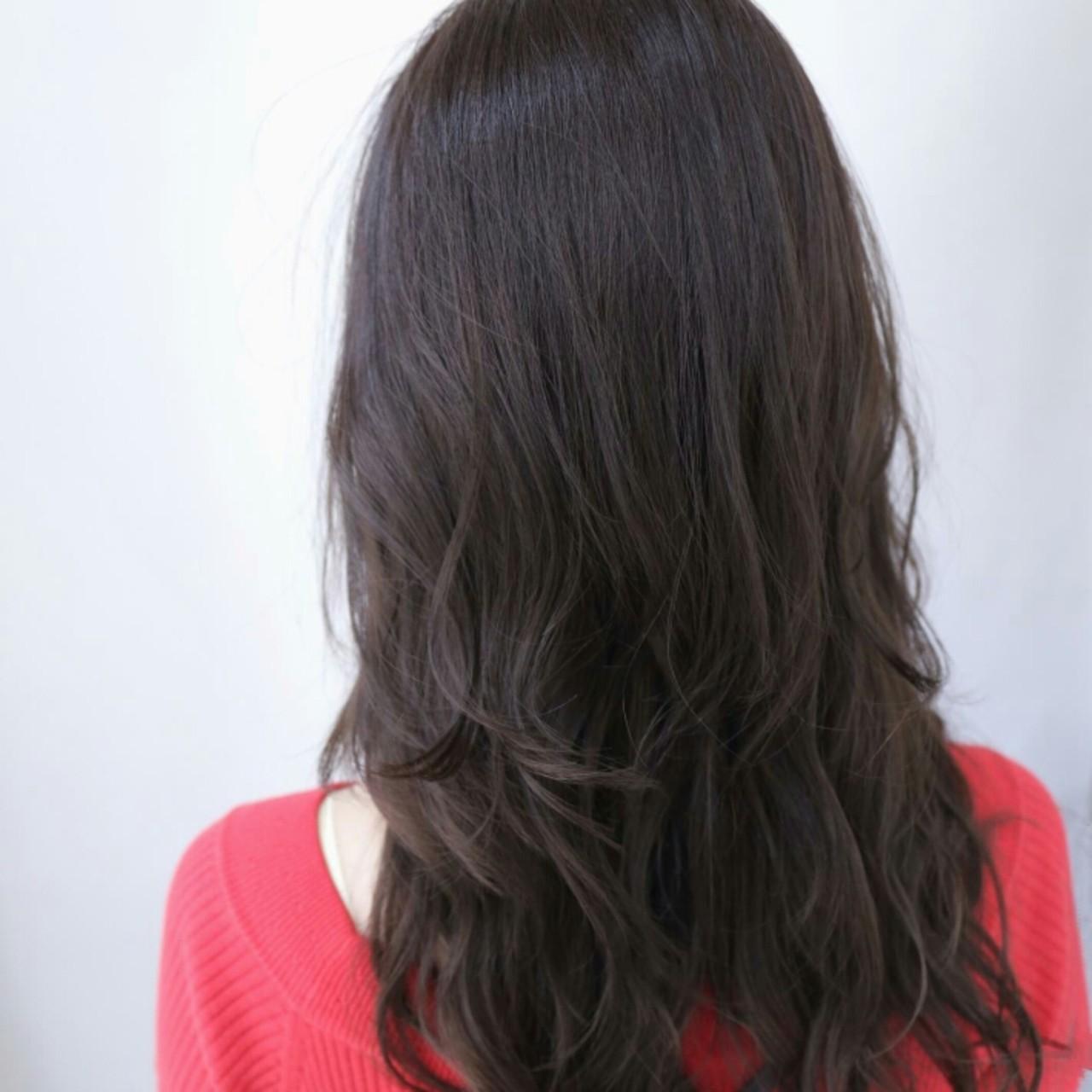 ロング アッシュ ナチュラル 外国人風 ヘアスタイルや髪型の写真・画像   市口泰崇 / INITY