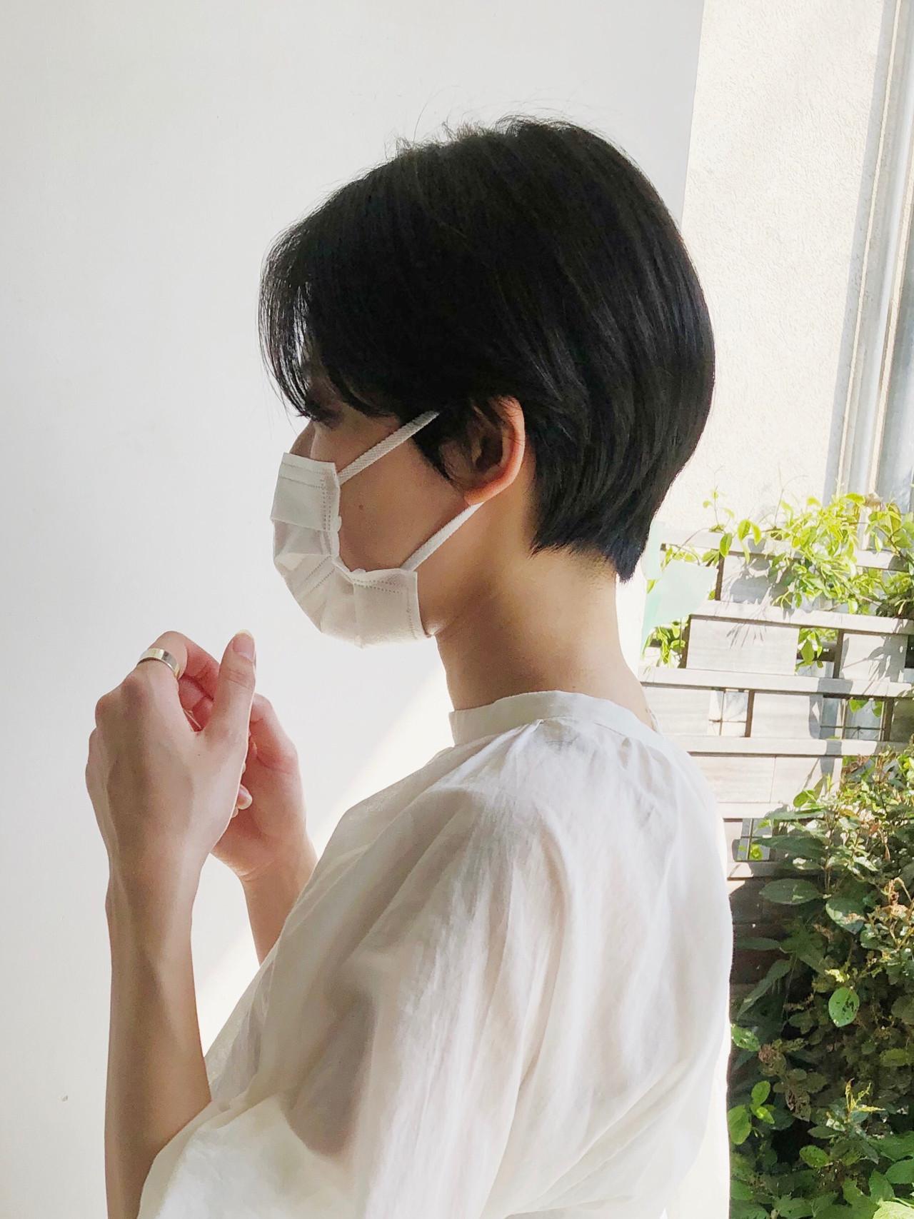 ミニボブ ショートボブ ショートヘア 切りっぱなしボブ ヘアスタイルや髪型の写真・画像   小林 優介 / ASSORT TOKYO