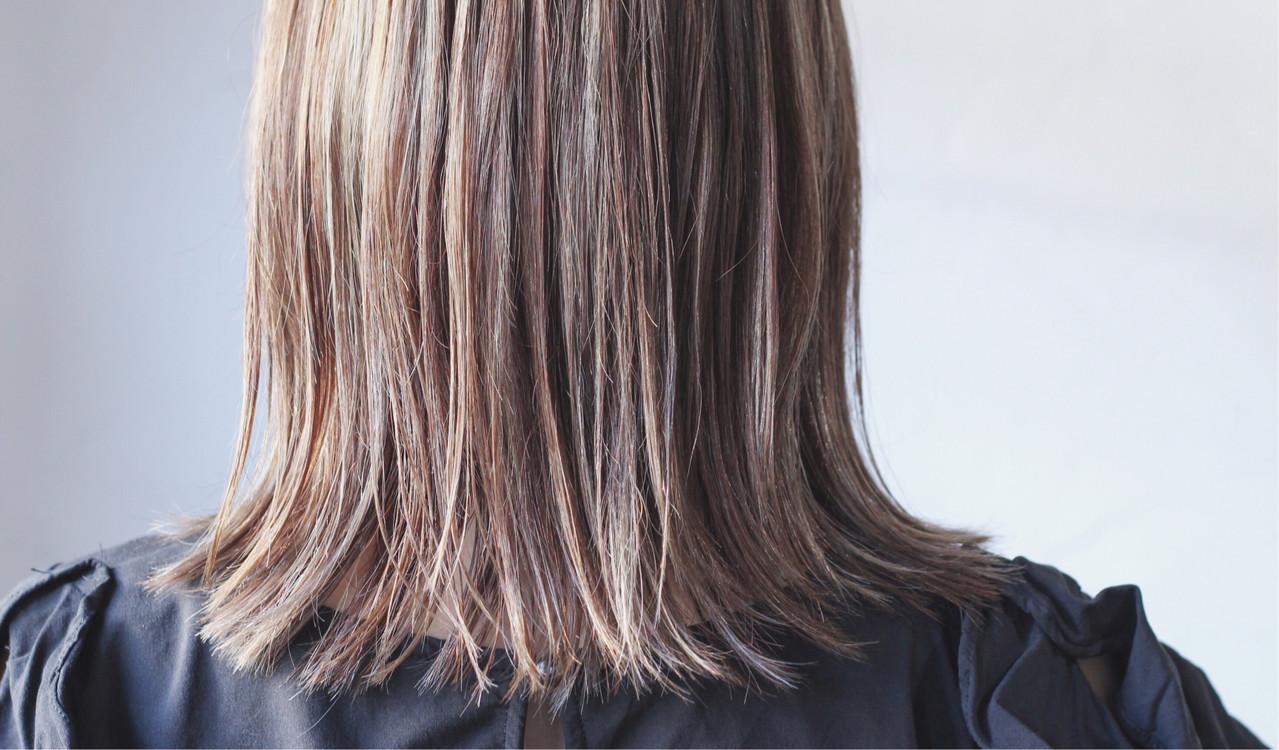 ナチュラル グレージュ ミディアム 大人ハイライト ヘアスタイルや髪型の写真・画像   creap / creap