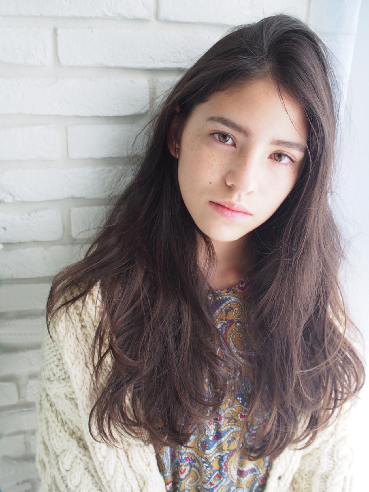ニュアンス こなれ感 大人女子 ロング ヘアスタイルや髪型の写真・画像 | 鈴木 成治 / LOAVE AOYAMA(ローヴ アオヤマ)