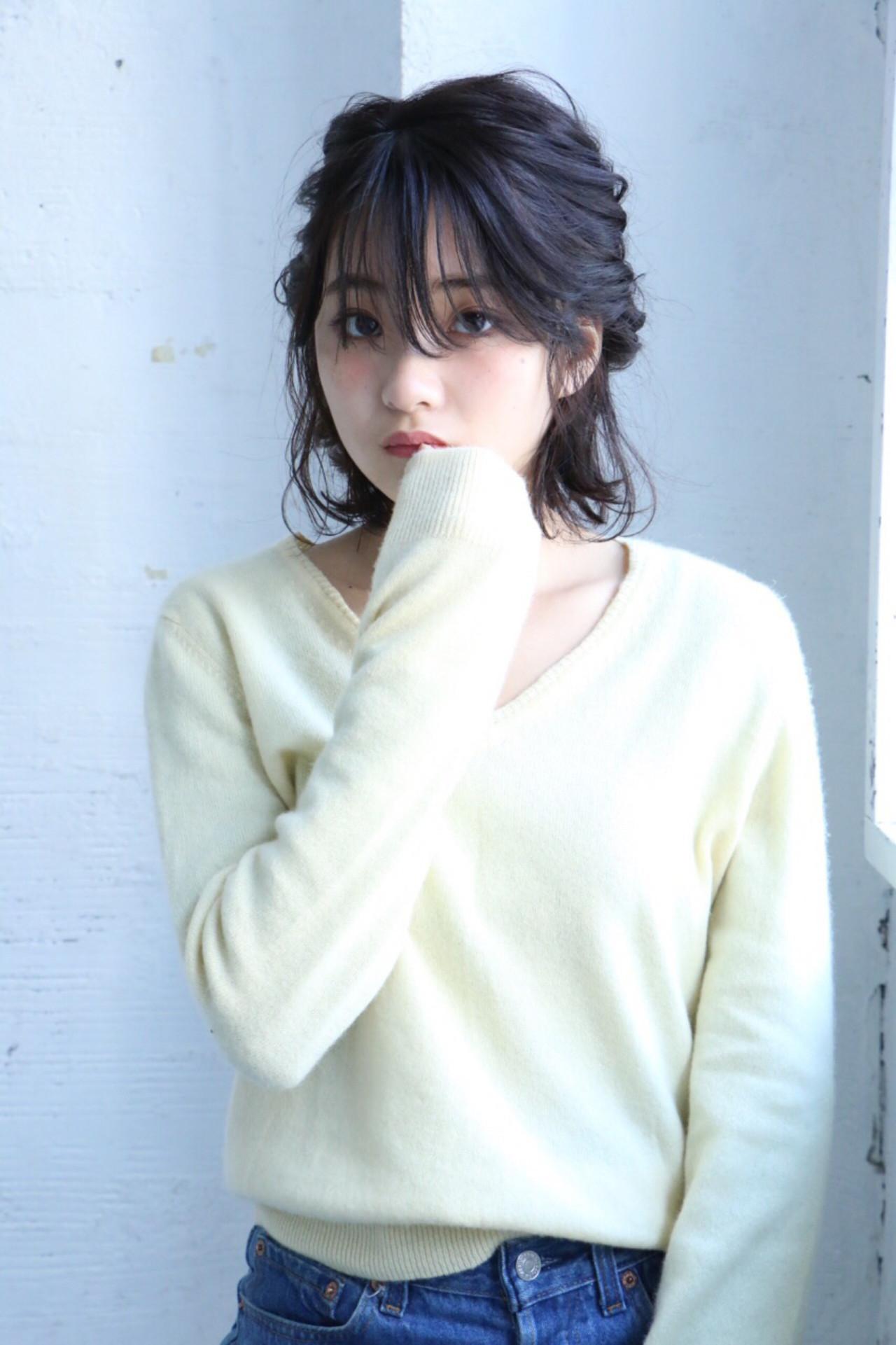 ショート ヘアアレンジ ミディアム くるりんぱ ヘアスタイルや髪型の写真・画像   渡辺 理香 / Neolive &
