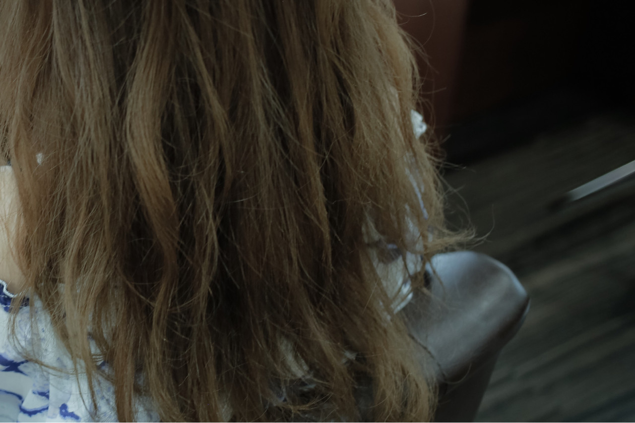 グレージュ 暗髪 セミロング ストリート ヘアスタイルや髪型の写真・画像 | 小笠原 淳 / hair make No.8(ヘアメイクエイト)