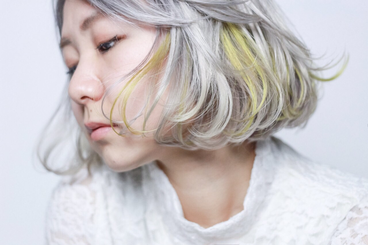 旬ヘアカラーなら外国人風「ホワイトアッシュ」♪ブリーチなしOKな髪色♡ 中村あゆ
