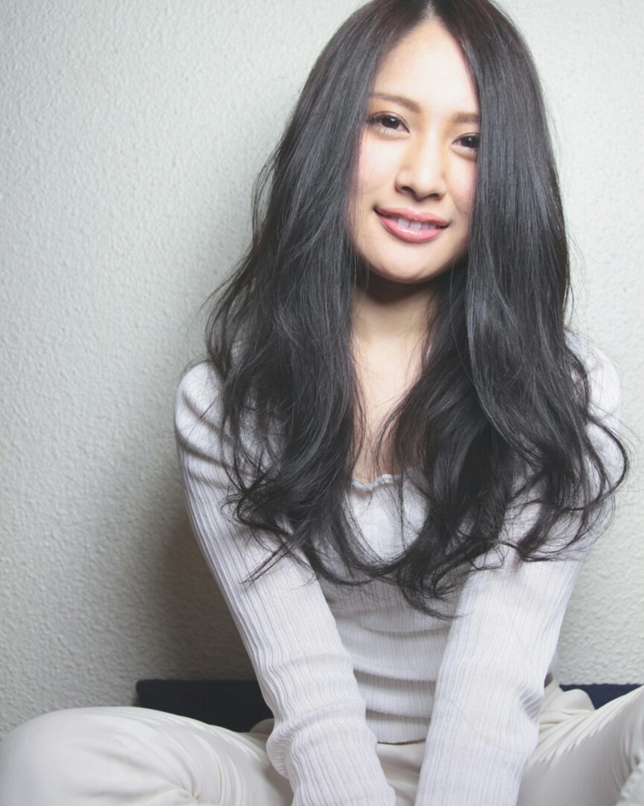 大人かわいい ロング パーマ ナチュラル ヘアスタイルや髪型の写真・画像   ALTI CORNATURE/津田 拓也 / ALTI CORNATURE