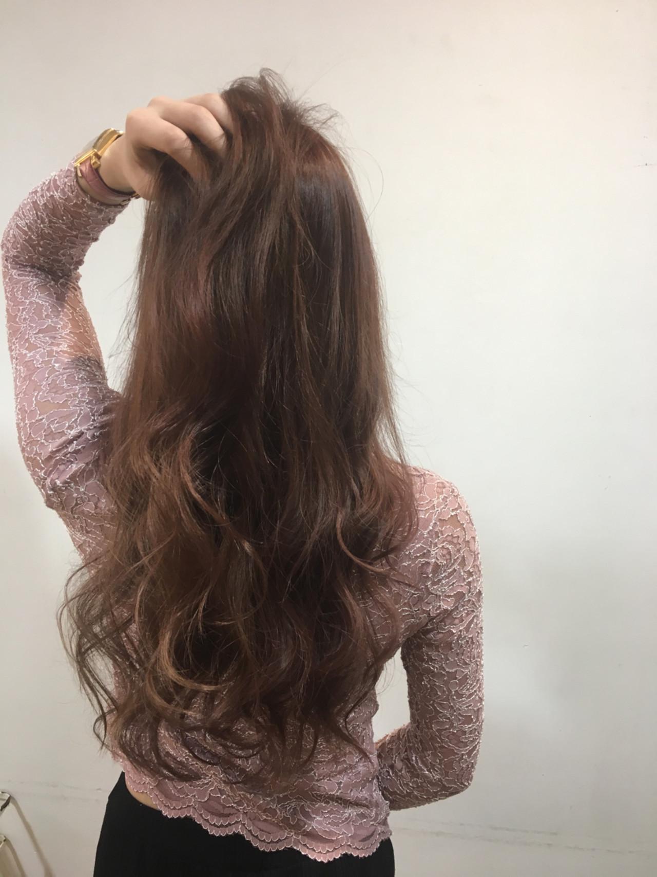 グラデーションカラー フェミニン レイヤーカット ピンクヘアスタイルや髪型の写真・画像