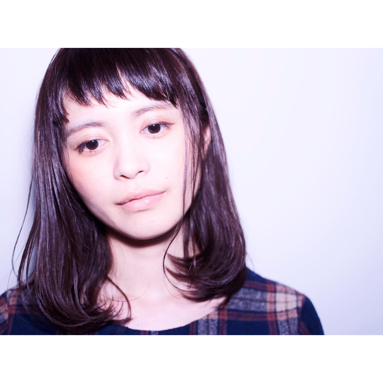 ダブルカラー 前髪あり ミディアム イルミナカラー ヘアスタイルや髪型の写真・画像   ヤマダ ケイタ / graf