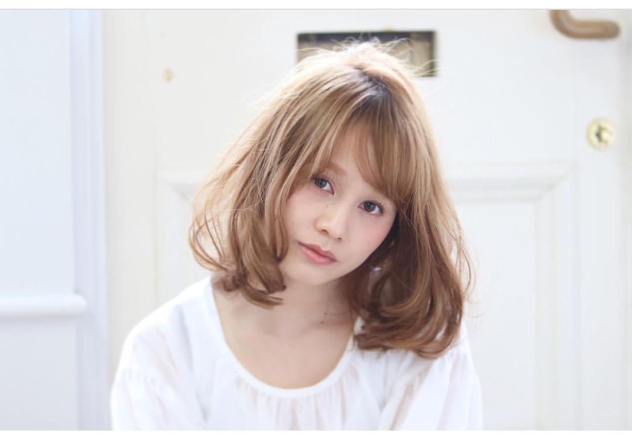 大人かわいい エレガント 上品 セミロングヘアスタイルや髪型の写真・画像