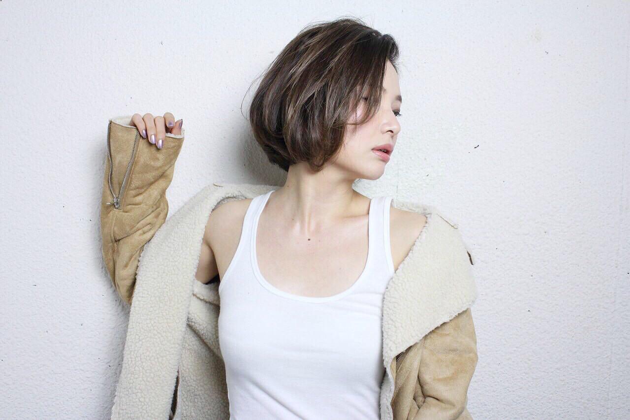 ボブ 大人女子 ショート ナチュラル ヘアスタイルや髪型の写真・画像 | AI /