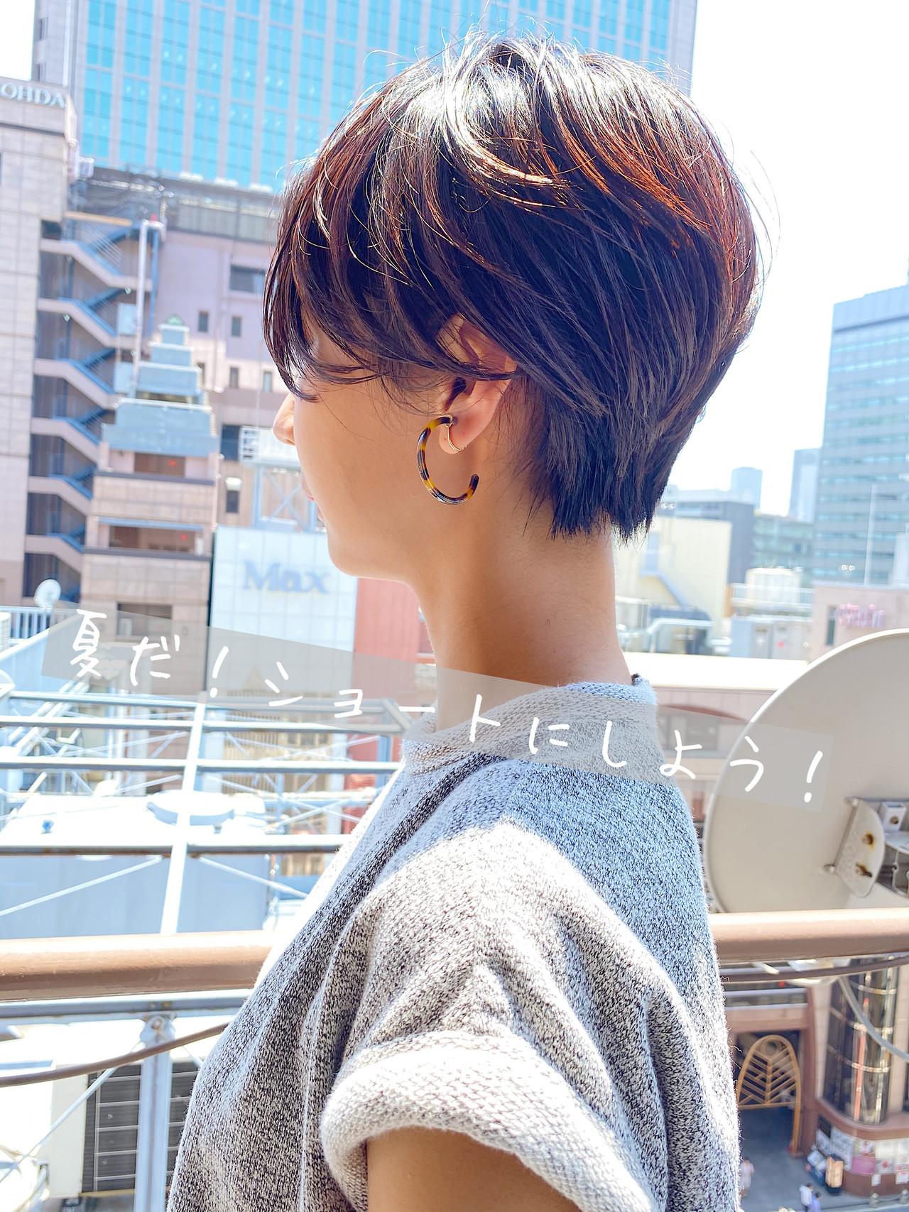 ハンサムショート ショートヘア ショートボブ 切りっぱなしボブ ヘアスタイルや髪型の写真・画像 | 宗本篤始 / BIGOUDI