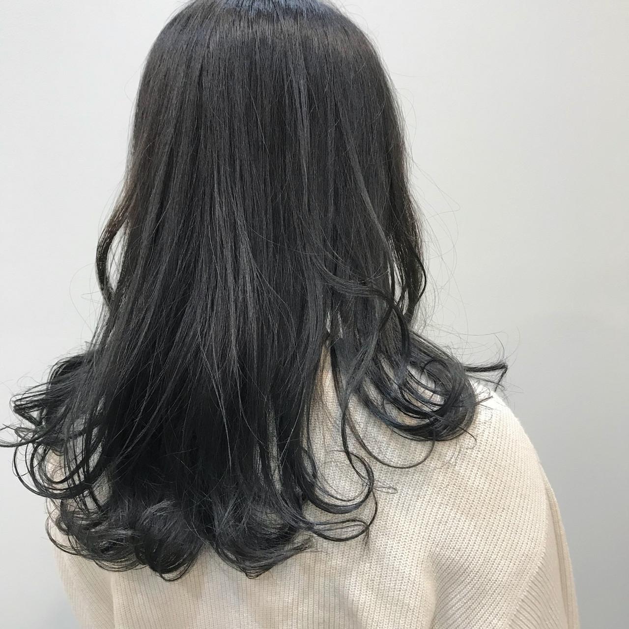 ロング デート スポーツ オフィスヘアスタイルや髪型の写真・画像