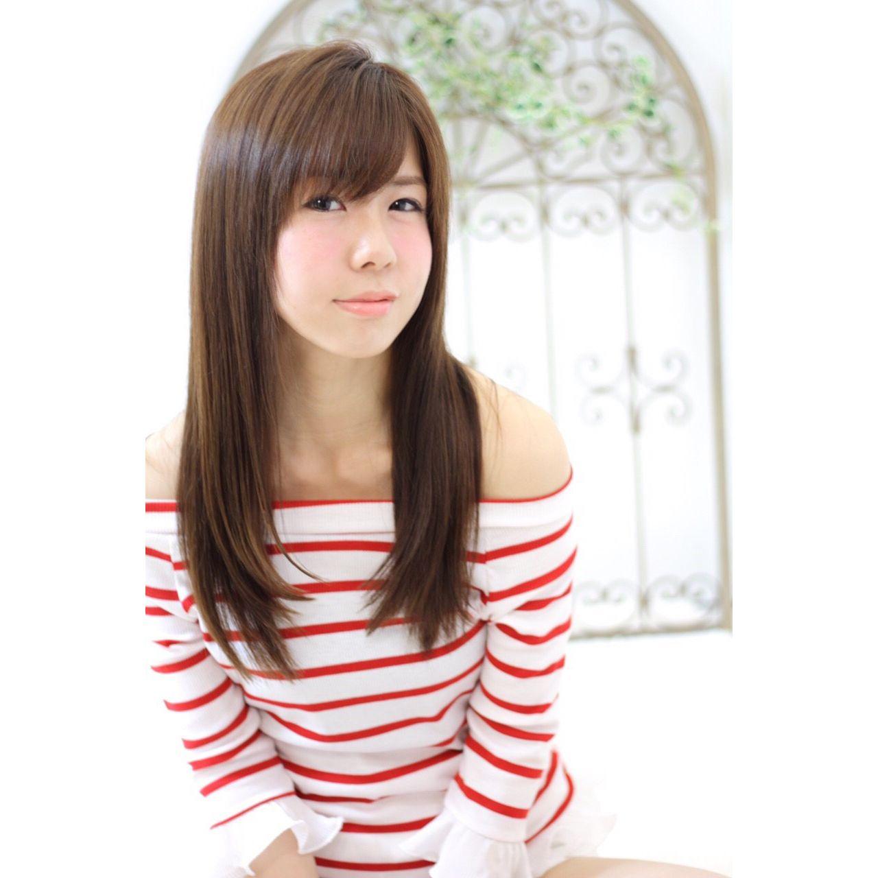 エアリー感と無造作感で作るハイセンスなストレートヘア。「ニュアンス」が鍵だった! 久保田 成美