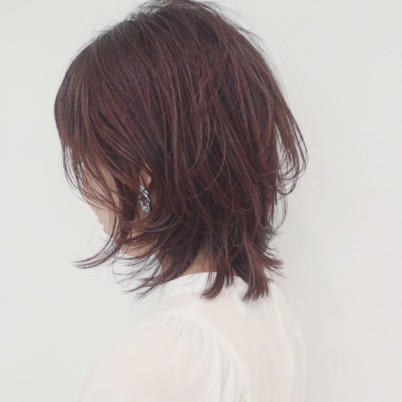 ミディアム フェミニン マッシュ ウルフカット ヘアスタイルや髪型の写真・画像 | 三好 佳奈美 / Baco.(バコ)