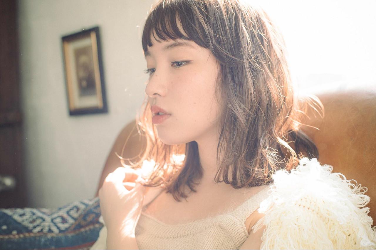 小顔 ミディアム こなれ感 フリンジバング ヘアスタイルや髪型の写真・画像 | スガ シュンスケ / Tierra (ティエラ)