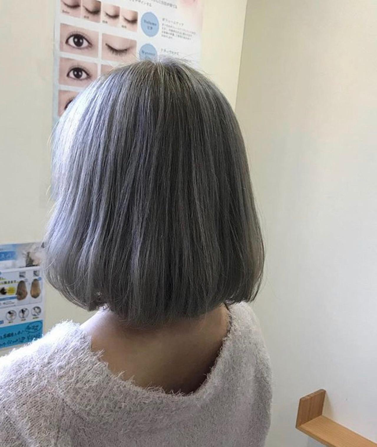 ボブ ガーリー ブリーチカラー ホワイトカラーヘアスタイルや髪型の写真・画像