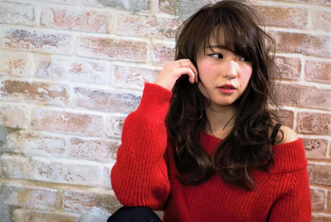ナチュラル ハイライト アッシュ フェミニン ヘアスタイルや髪型の写真・画像 | 千葉健太郎 / soenxclover