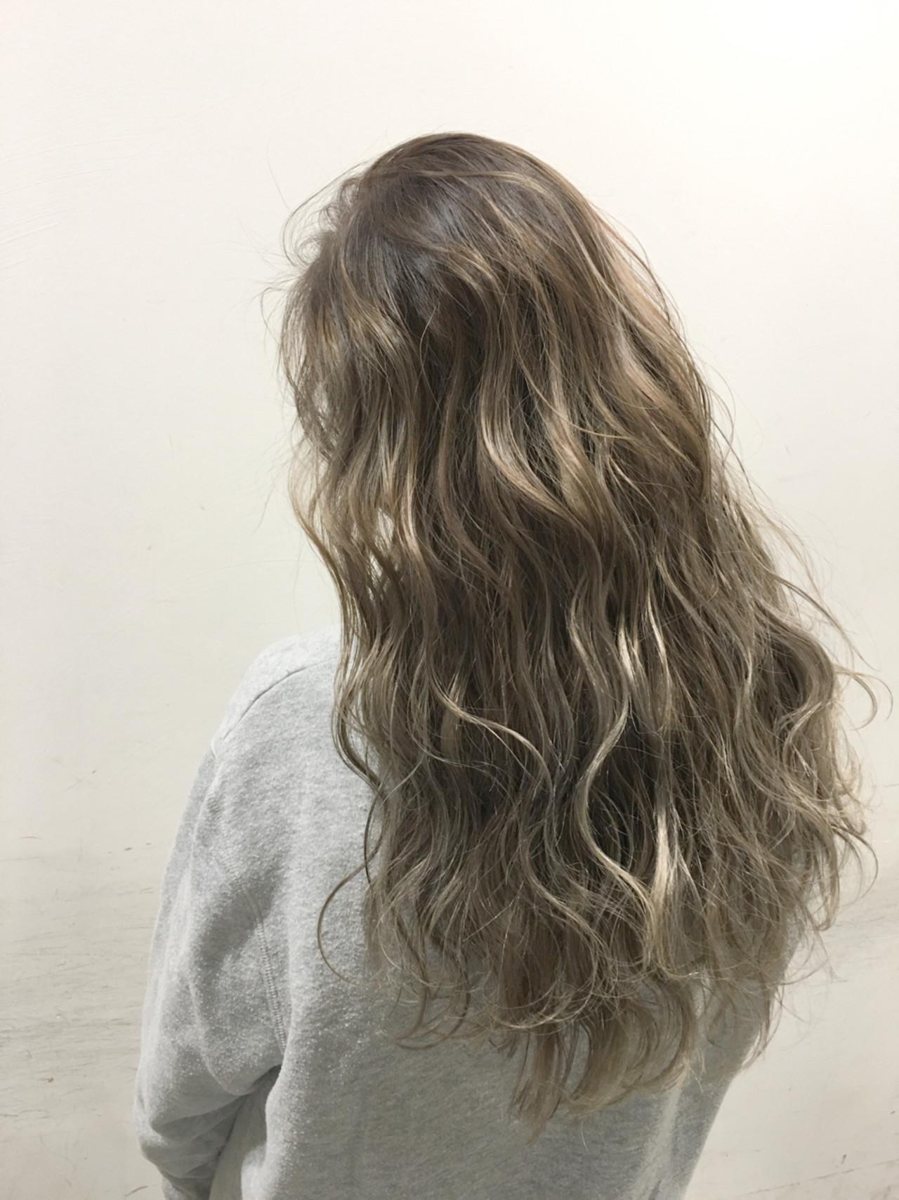 ハイライト グラデーションカラー 外国人風 アッシュ ヘアスタイルや髪型の写真・画像 | 斧江 和也 / ROOTS IRIE