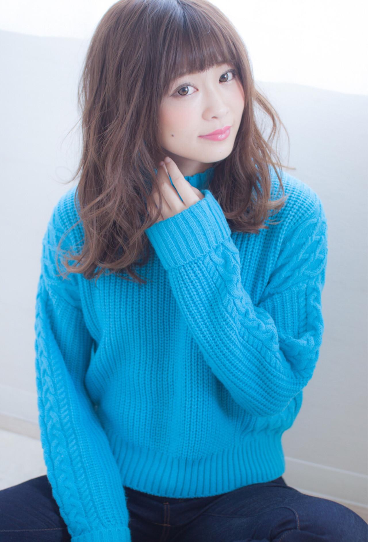 フェミニン セミロング 小顔 ナチュラル ヘアスタイルや髪型の写真・画像   今井 寛子 / LOUIMADNA栄