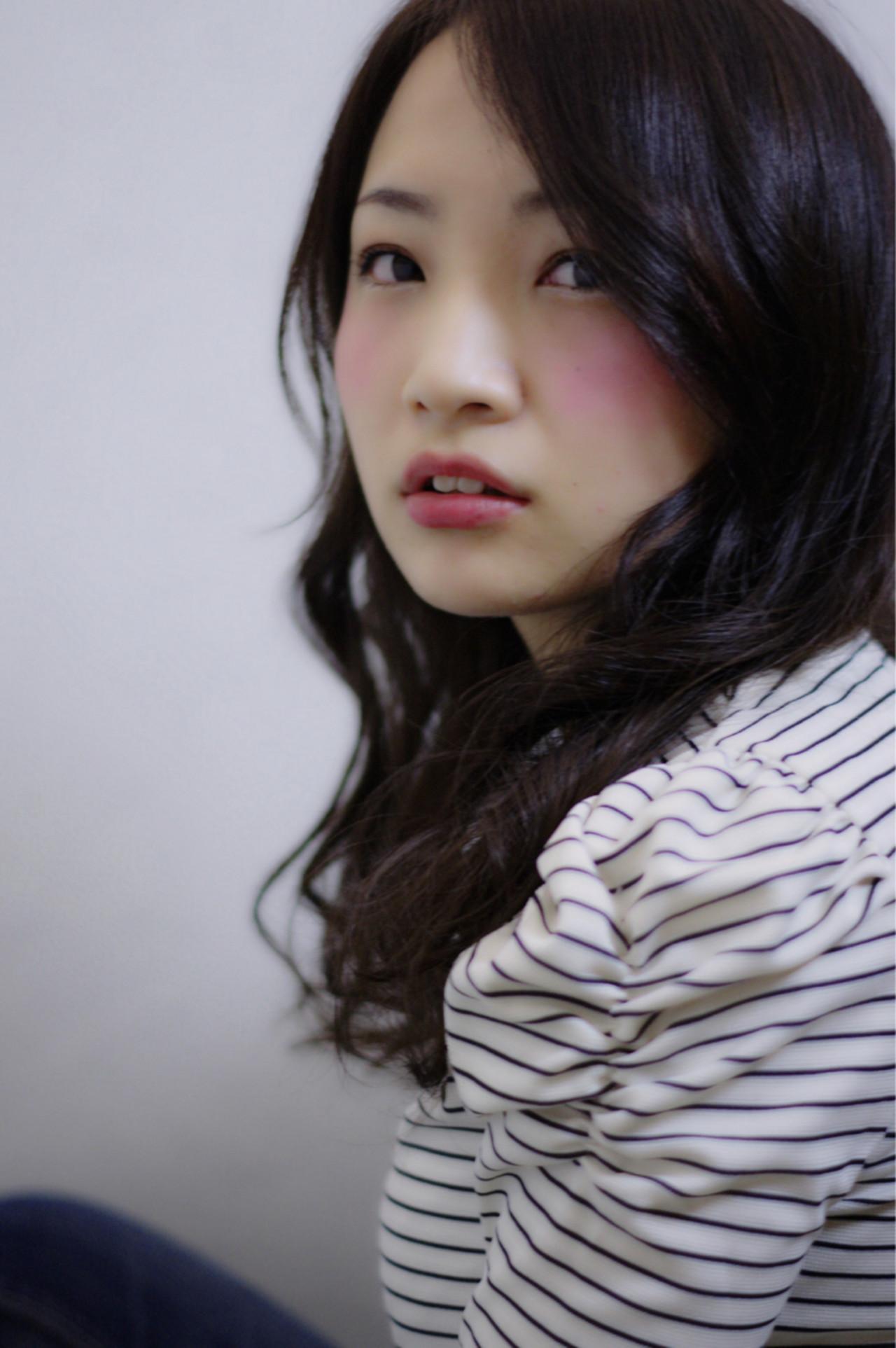 ガーリー ゆるふわ ミディアム ブラウン ヘアスタイルや髪型の写真・画像   上鶴 悠貴 / AMME