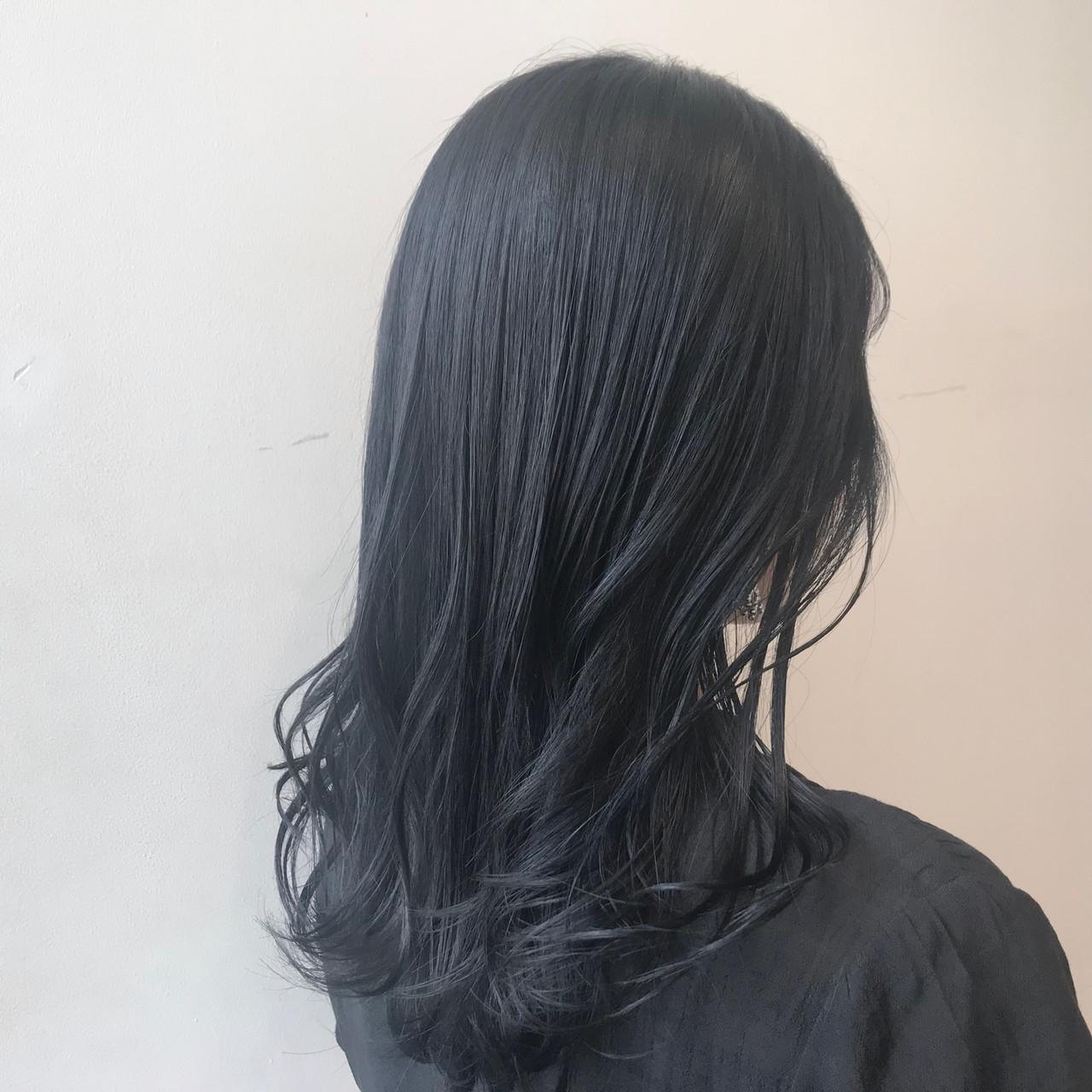 ブルーブラック 黒髪 透明感カラー ブリーチなしヘアスタイルや髪型の写真・画像