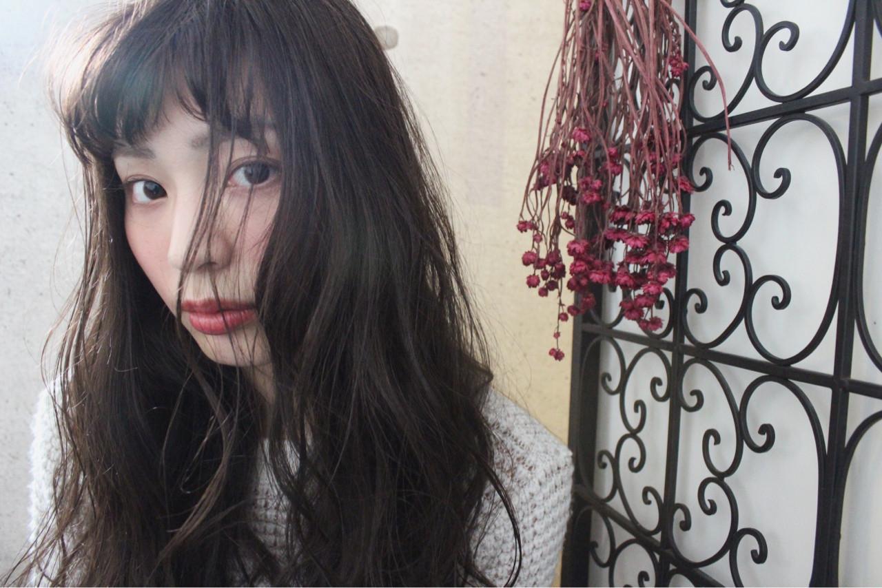 外国人風 パーマ ナチュラル セミロング ヘアスタイルや髪型の写真・画像 | 上田智久 / ooit 福岡 天神 / ooit