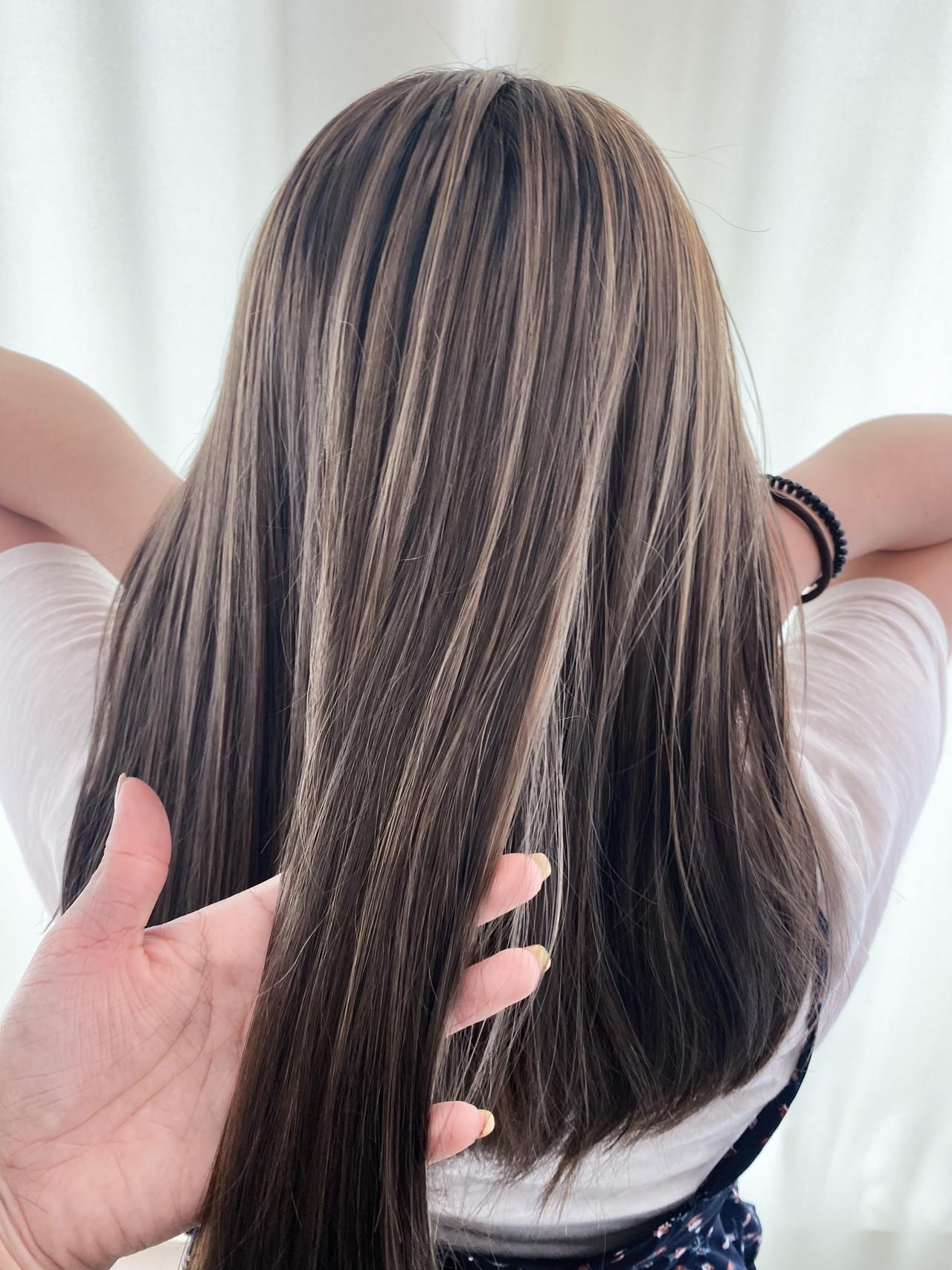 3Dハイライト コントラストハイライト ナチュラル セミロングヘアスタイルや髪型の写真・画像