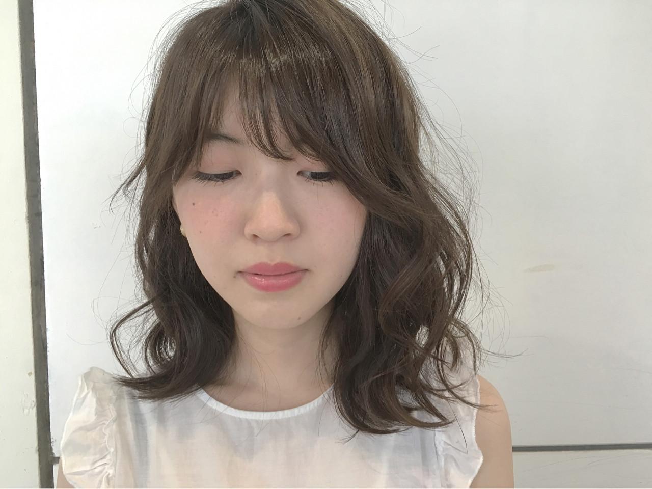 アッシュ ゆるふわ 外国人風 ナチュラル ヘアスタイルや髪型の写真・画像 | Sayaka / diptyMOILA