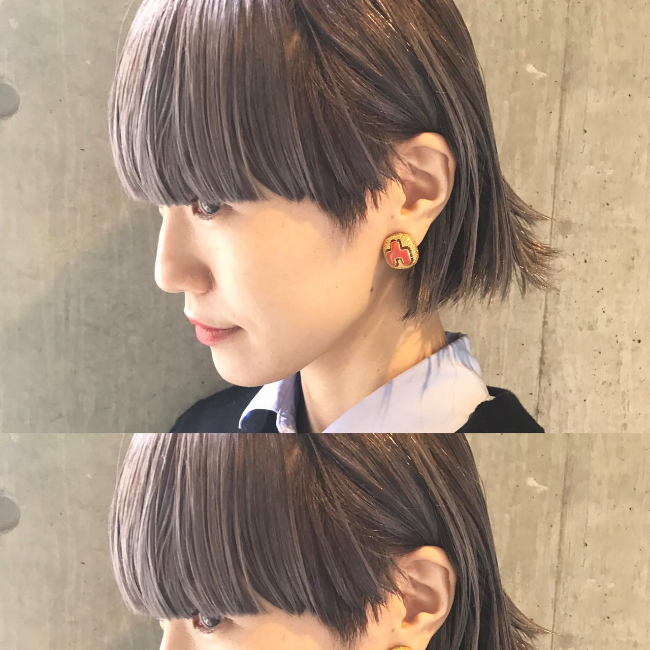 色気 アッシュ 小顔 ハイライト ヘアスタイルや髪型の写真・画像 | bibito crew / bibito