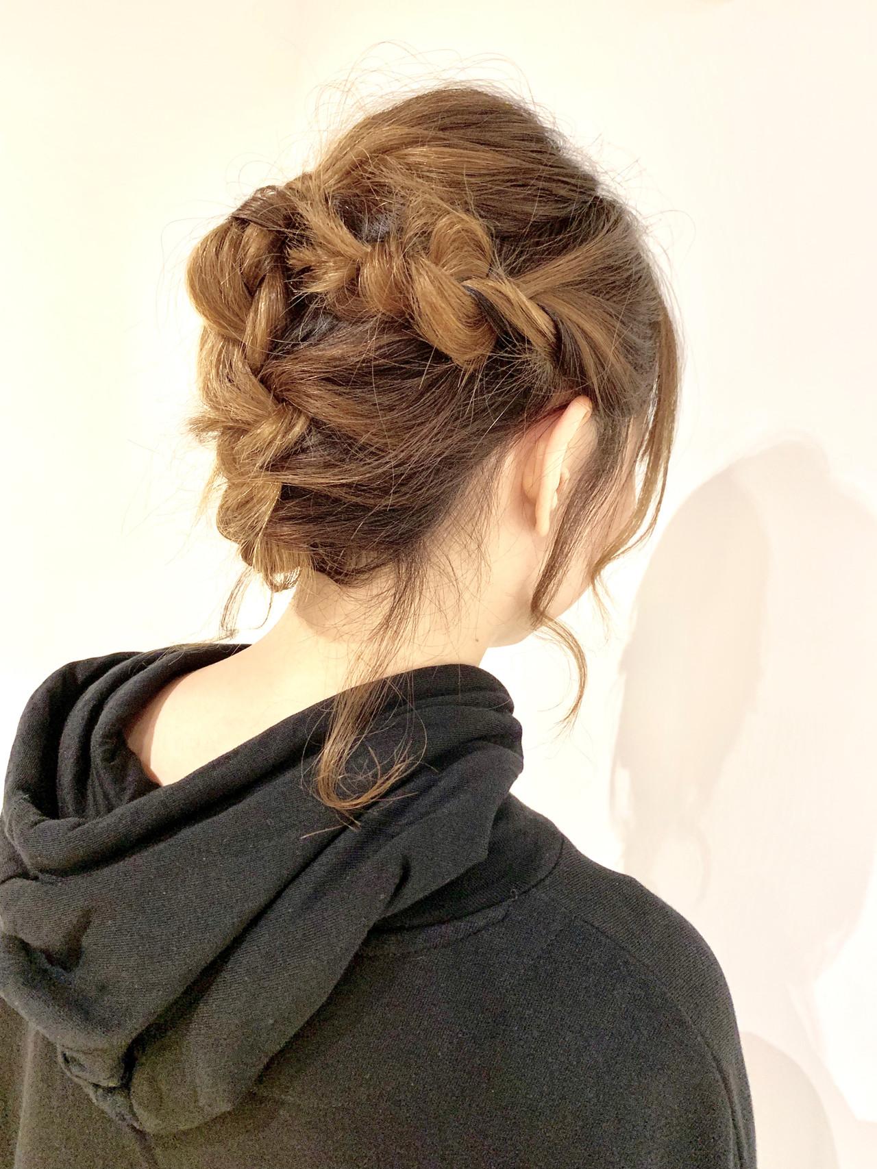 簡単ヘアアレンジ ガーリー ダブルカラー ヘアアレンジ ヘアスタイルや髪型の写真・画像 | 村上 駿 / FRAMES hair design