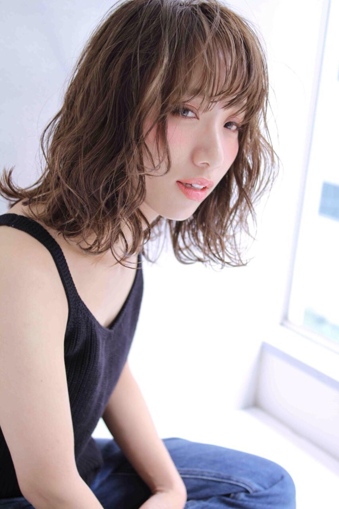ピュア 外国人風 ミディアム くせ毛風 ヘアスタイルや髪型の写真・画像 | Miki /
