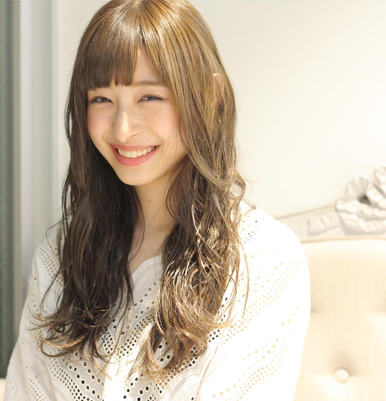 女子会 ウェーブ ロング リラックス ヘアスタイルや髪型の写真・画像 | Wataru Maeda / cache cache