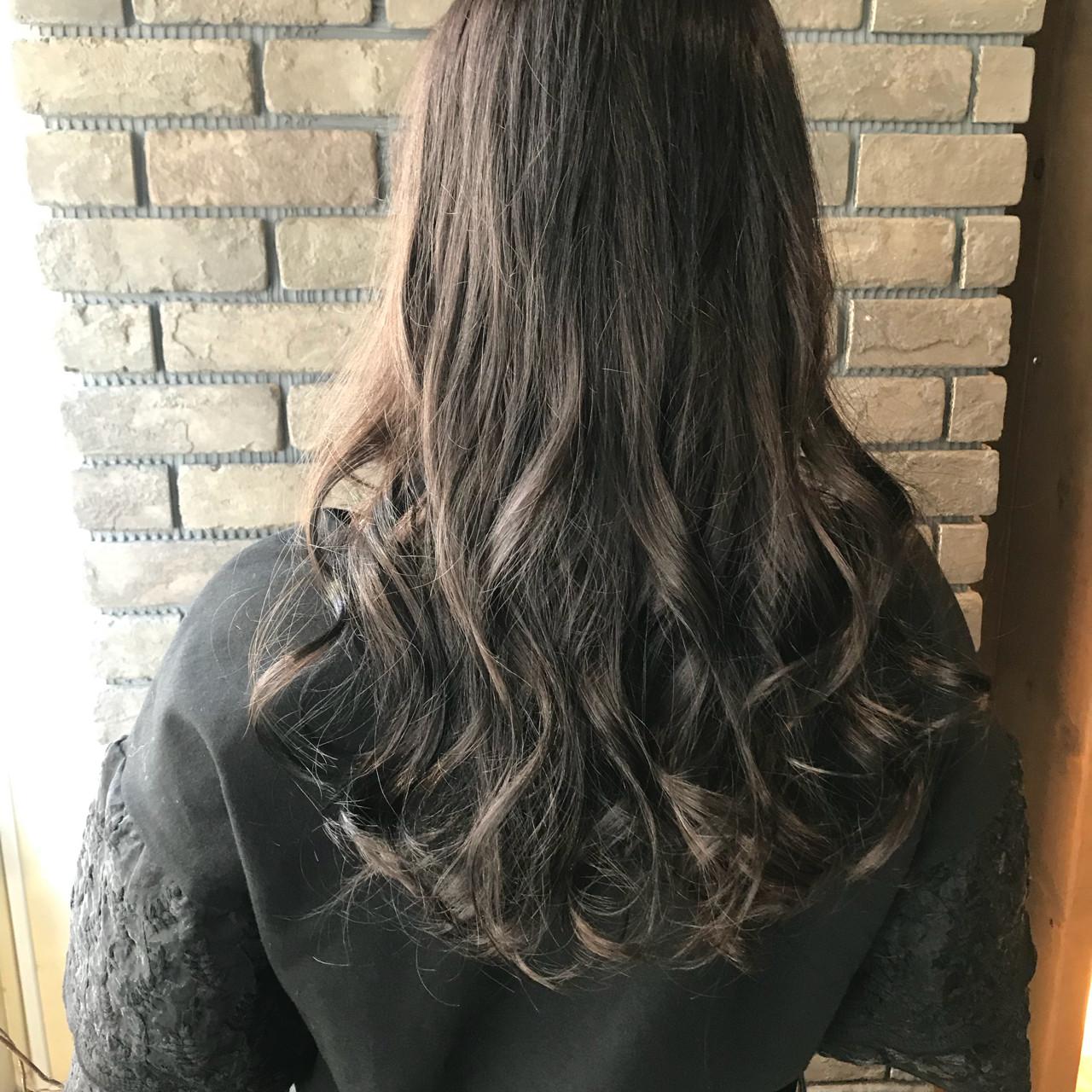 ブルージュ 透明感 ナチュラル アンニュイ ヘアスタイルや髪型の写真・画像 | 谷川 健太 / ROVERSI
