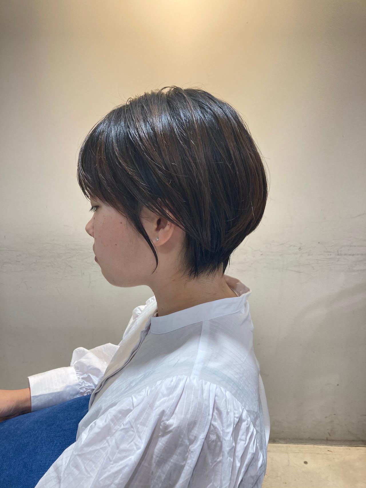 ミディアムレイヤー ミニボブ 外国人風 ハイライトヘアスタイルや髪型の写真・画像