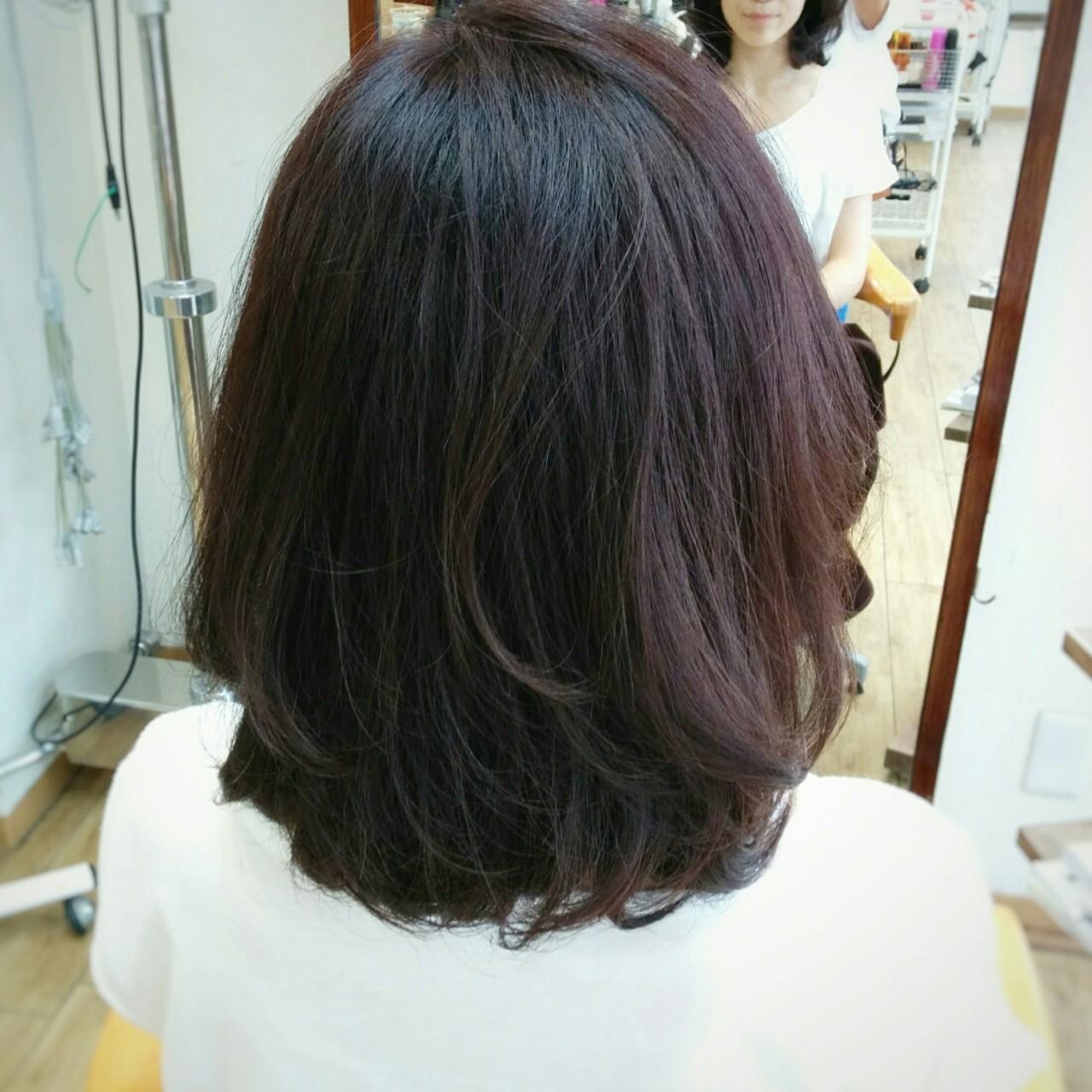 大人かわいい フェミニン パーマ ガーリーヘアスタイルや髪型の写真・画像