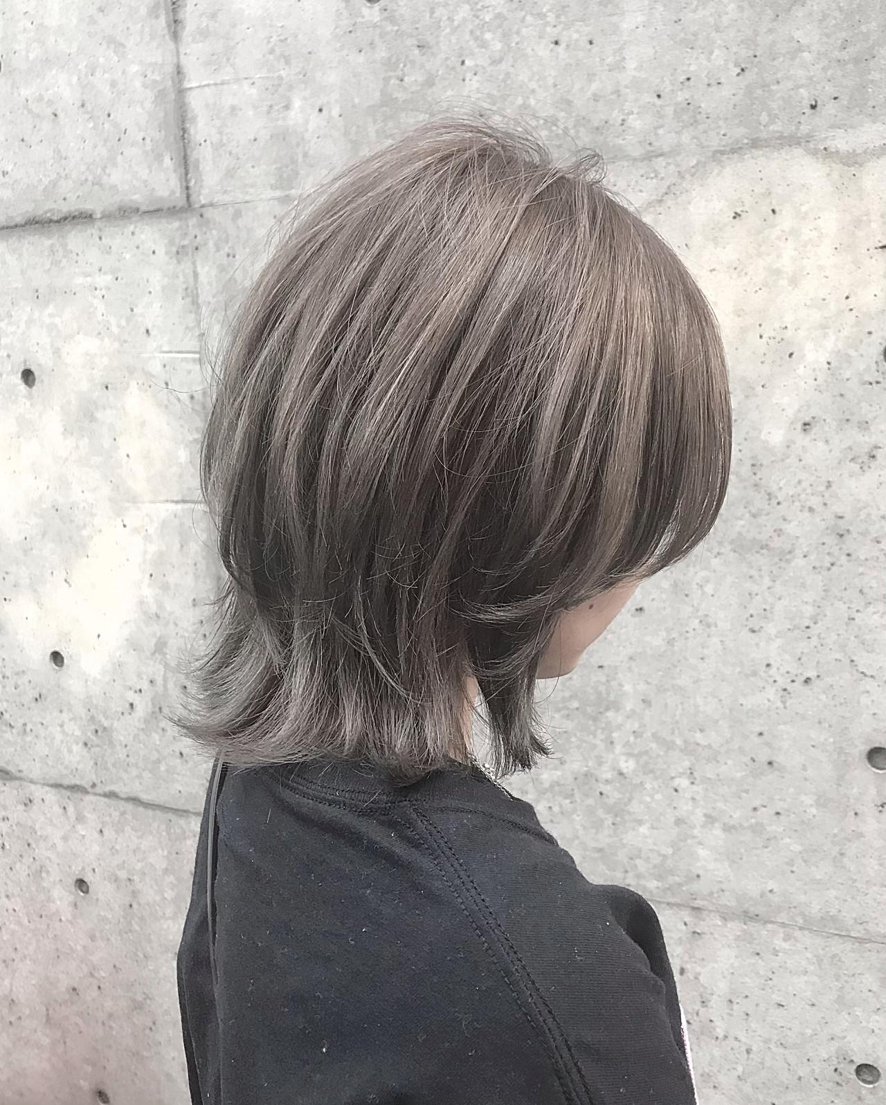 グレーアッシュ ナチュラル アッシュベージュ ボブ ヘアスタイルや髪型の写真・画像 | mami / white.