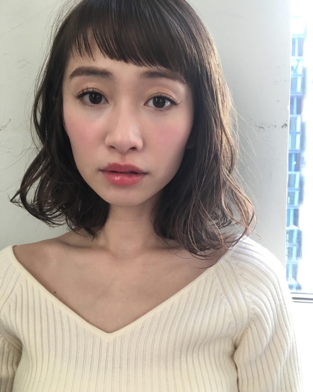 デート ナチュラル パーマ ミディアム ヘアスタイルや髪型の写真・画像 | joemi by unami 森千里 / joemi by unami 新宿