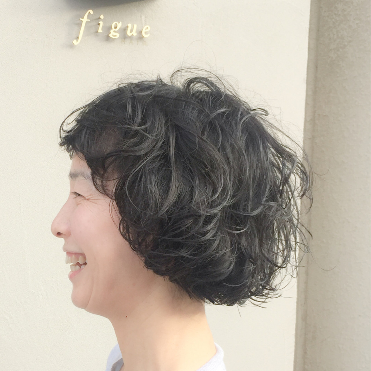 小顔 ショート レイヤーカット 外国人風 ヘアスタイルや髪型の写真・画像   岩城 浩子 / figue hair