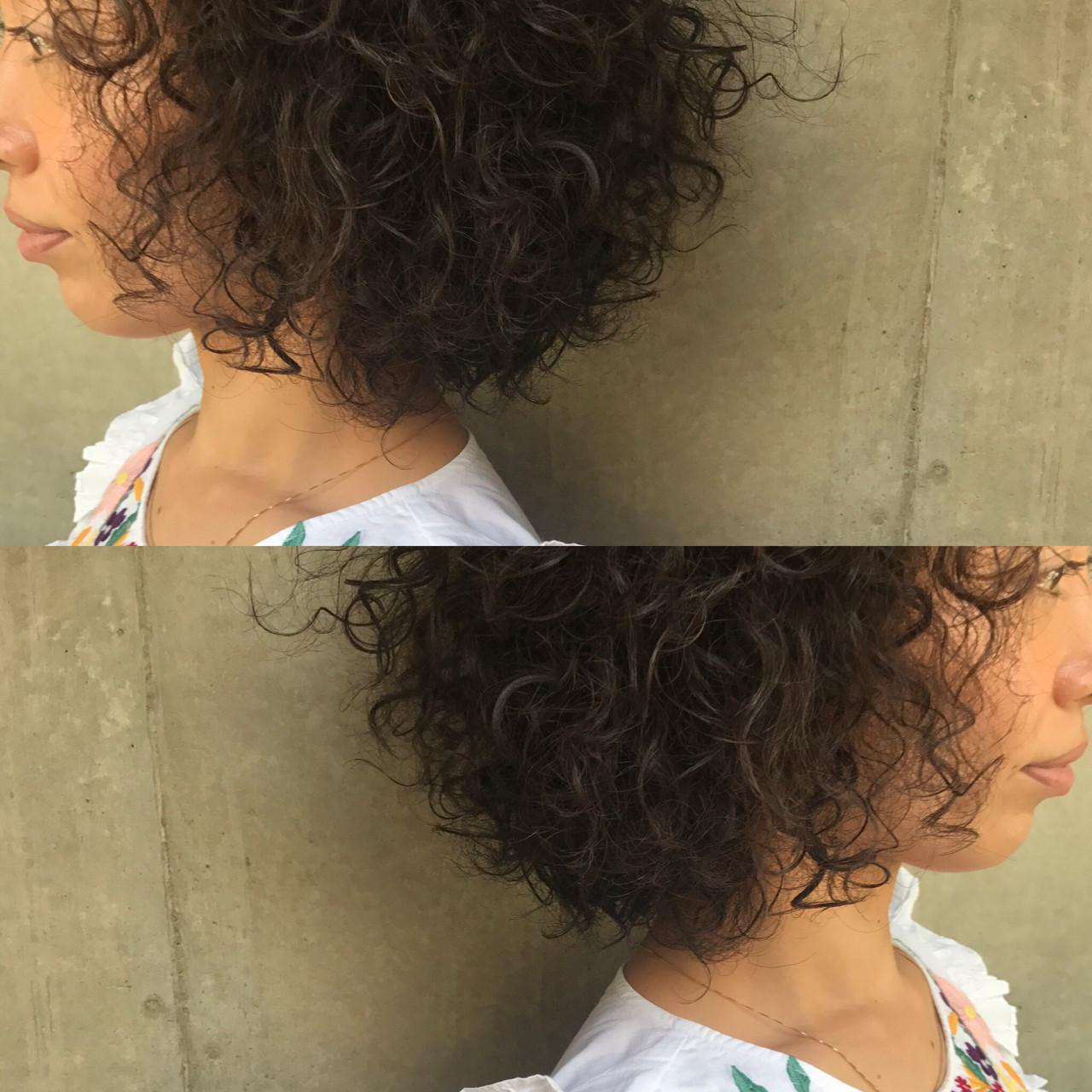 パーマ ヘアアレンジ ニュアンス アッシュヘアスタイルや髪型の写真・画像