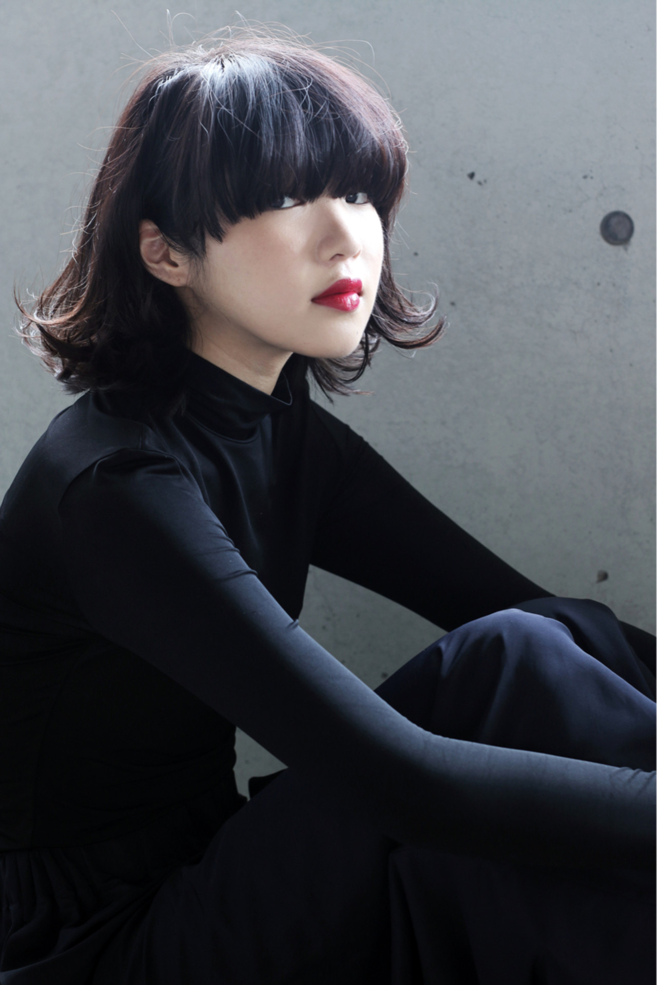 個性を求めて突き進め。「アンチモテヘアスタイル」でなりたい私に。 伊藤修久 / VILLA
