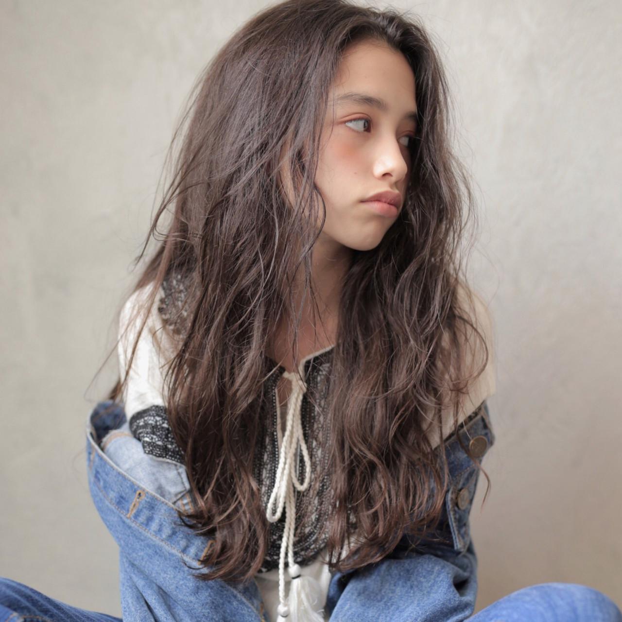ゆるふわ アンニュイほつれヘア ロング ナチュラル ヘアスタイルや髪型の写真・画像