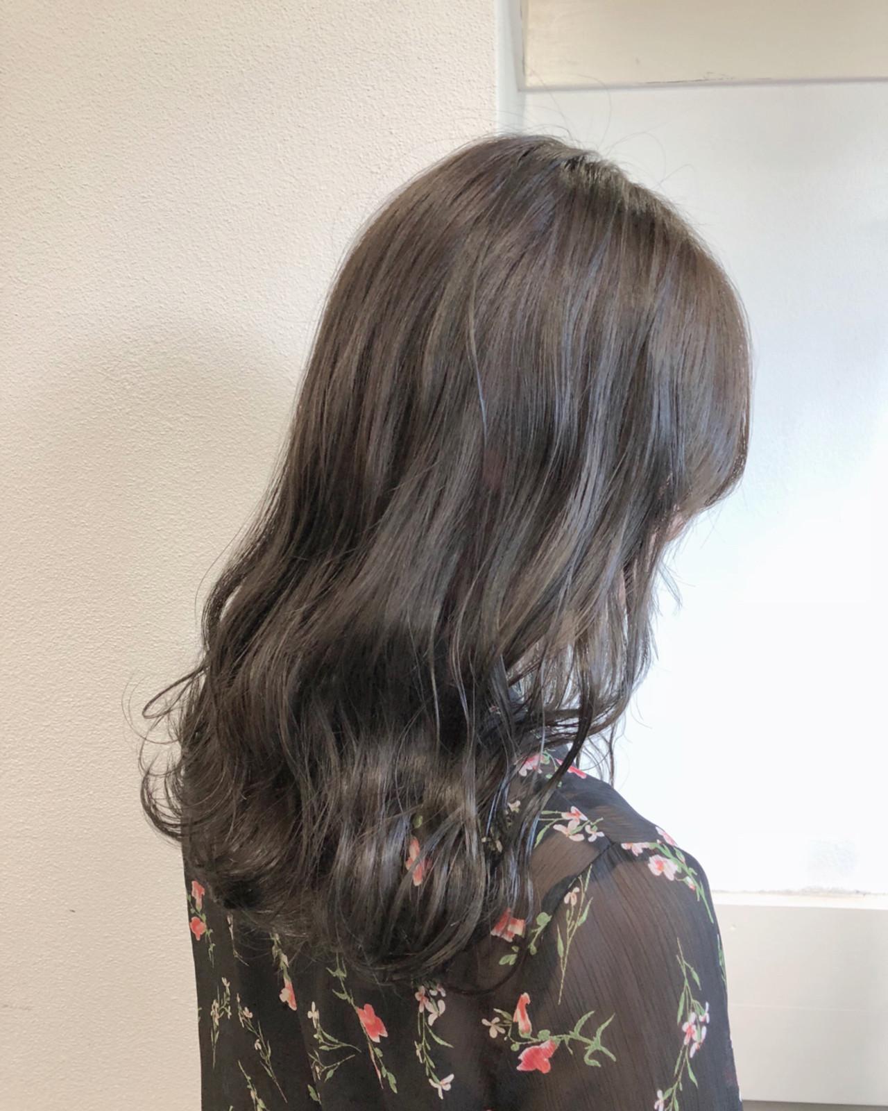 バレイヤージュ ラベンダー ミディアム 透明感ヘアスタイルや髪型の写真・画像