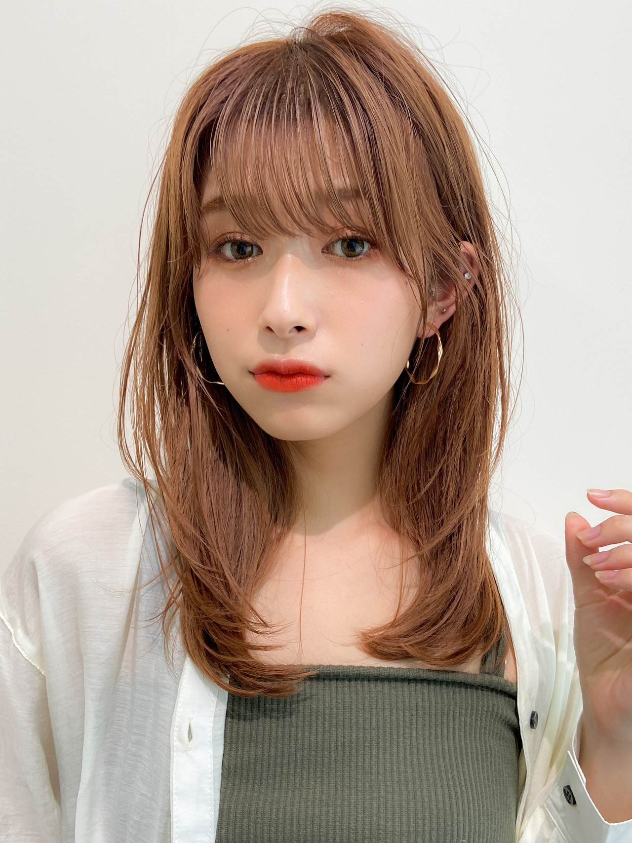 デジタルパーマ セミロング レイヤーカット 大人可愛い ヘアスタイルや髪型の写真・画像