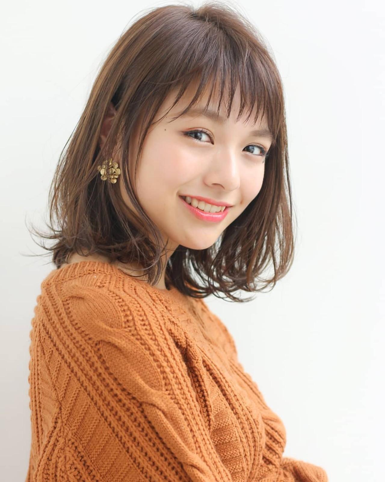ミディアム モテ髪 アンニュイほつれヘア 外ハネヘアスタイルや髪型の写真・画像