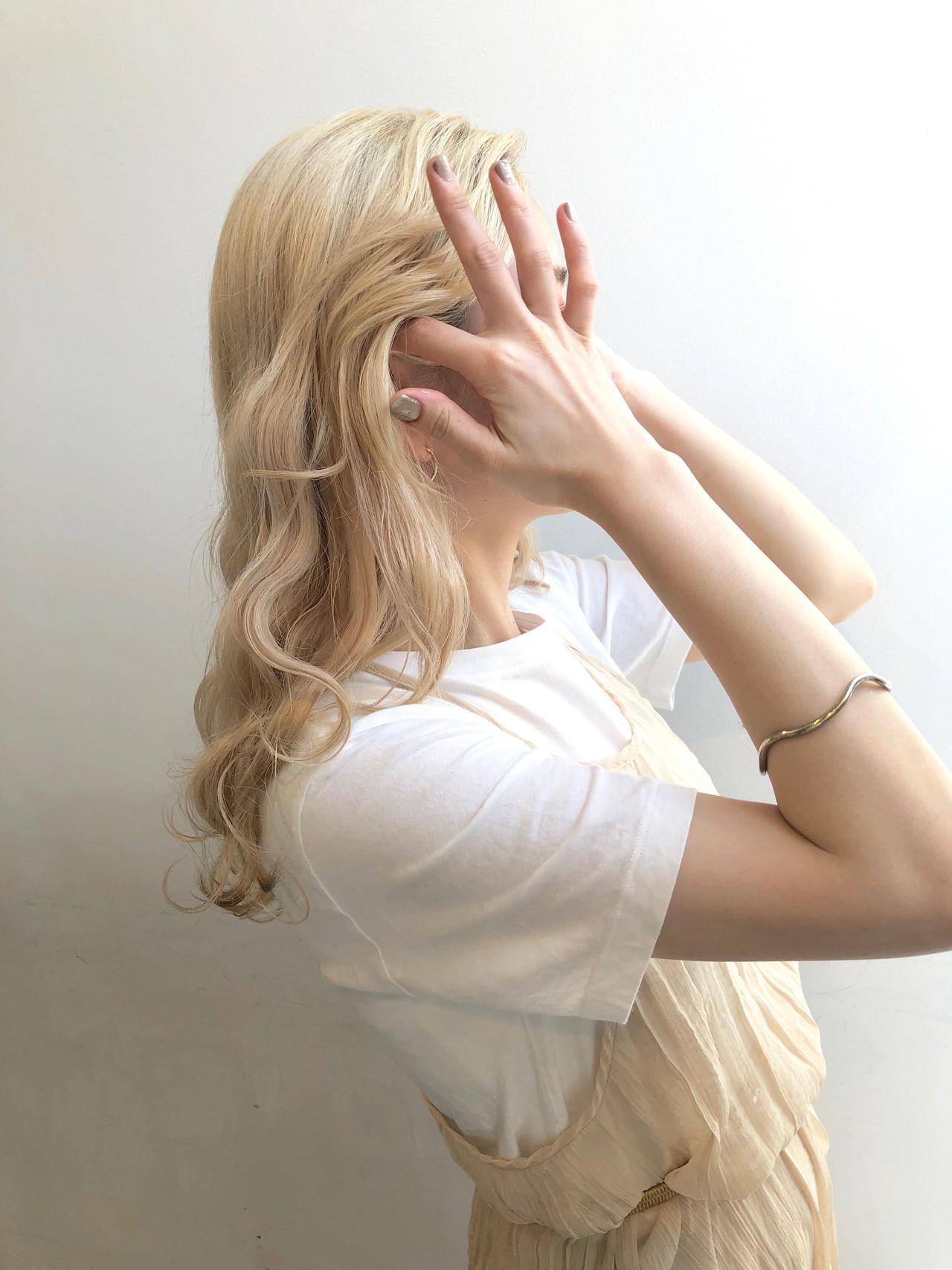 ブロンドカラー 韓国 タンバルモリ ナチュラル ヘアスタイルや髪型の写真・画像